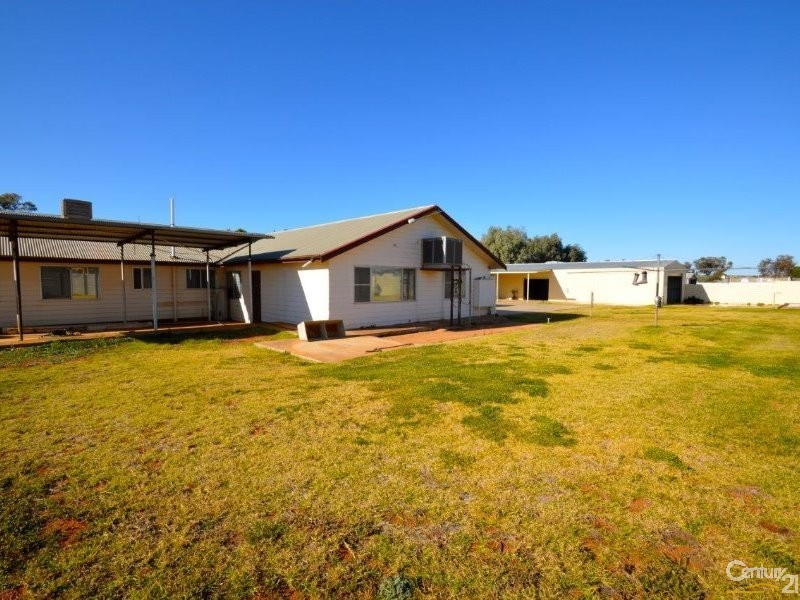 17 Racecourse Road, Broken Hill - House & Land for Sale in Broken Hill