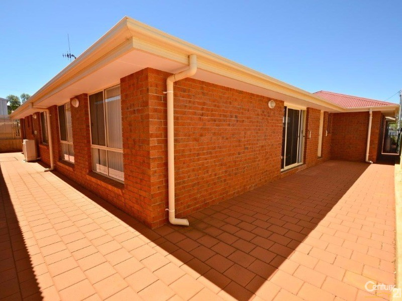 32 Thomas Lane, Broken Hill - House & Land for Sale in Broken Hill
