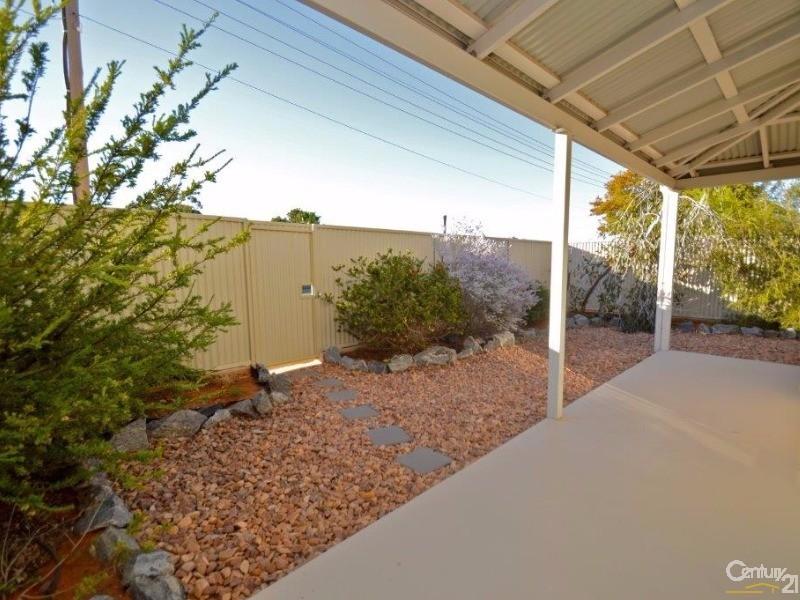 555 Wolfram Street, Broken Hill - Townhouse for Sale in Broken Hill