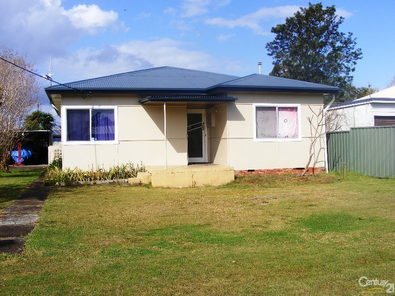 10 Cowper Street, Taree - House for Sale in Taree