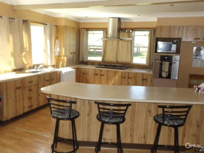 345 Careys Road, Hillville - Property for Sale in Hillville