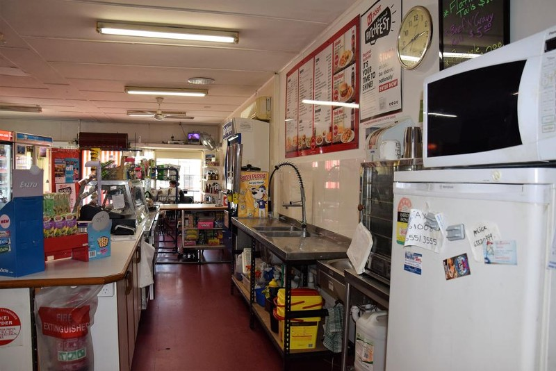 1 Stokes Circuit, Taree - Restaurant for Sale in Taree