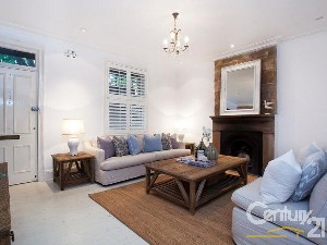 CENTURY 21 Armstrong-Smith Property of the week