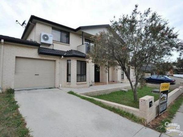 5A Kirkham Road, Auburn - Townhouse for Rent in Auburn