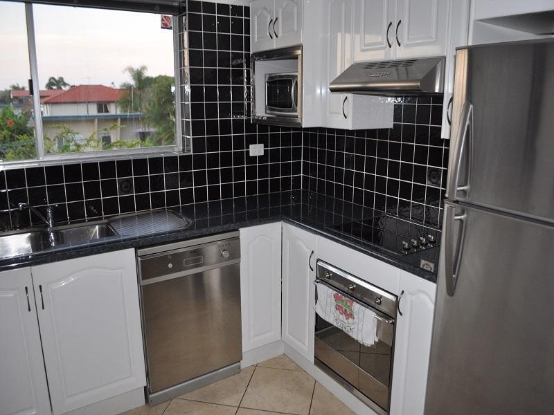 3/11 Prince Edward Parade, Redcliffe - Holiday Unit/Apartment Rental in Redcliffe