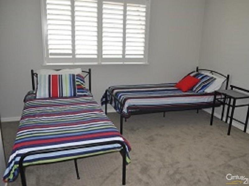 7/37 North Quay, Scarborough - Holiday Apartment Rental in Scarborough