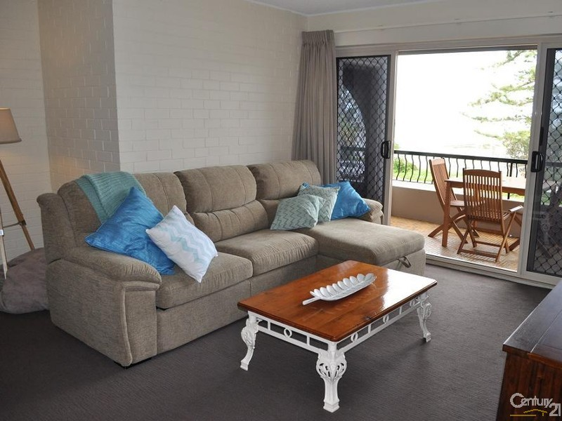 Holiday Apartment Rental in Margate QLD 4019