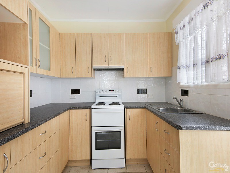 20a campbell street scarborough qld 4020 338265 for Perfect kitchen scarborough