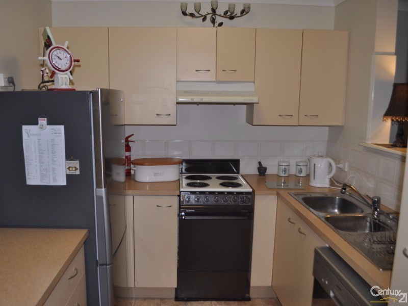 3/7 Shields Street, Redcliffe - Holiday Unit/Apartment Rental in Redcliffe