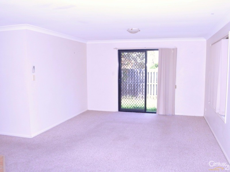 5 Spinny Court, Margate - House for Sale in Margate