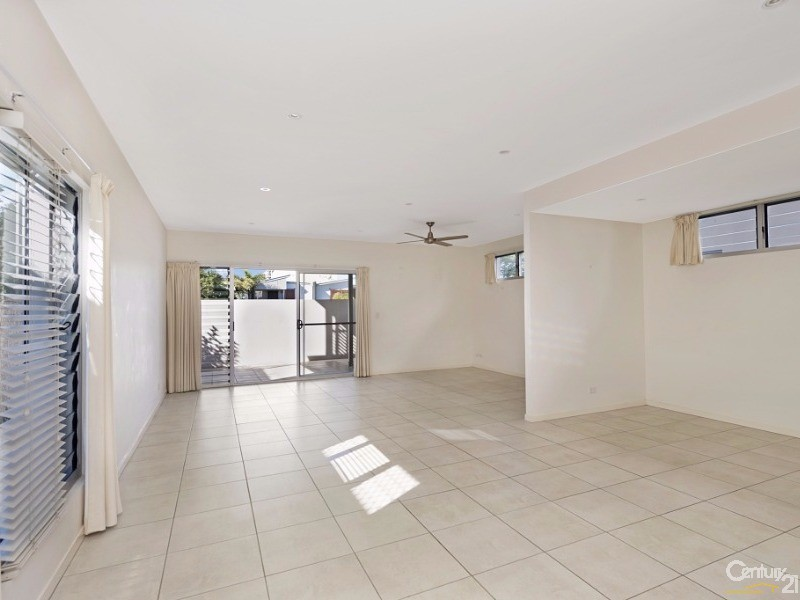 1/135 Turner Street, Scarborough - Townhouse for Sale in Scarborough
