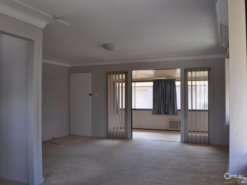 96 Dunbar Street, Margate - House for Rent in Margate