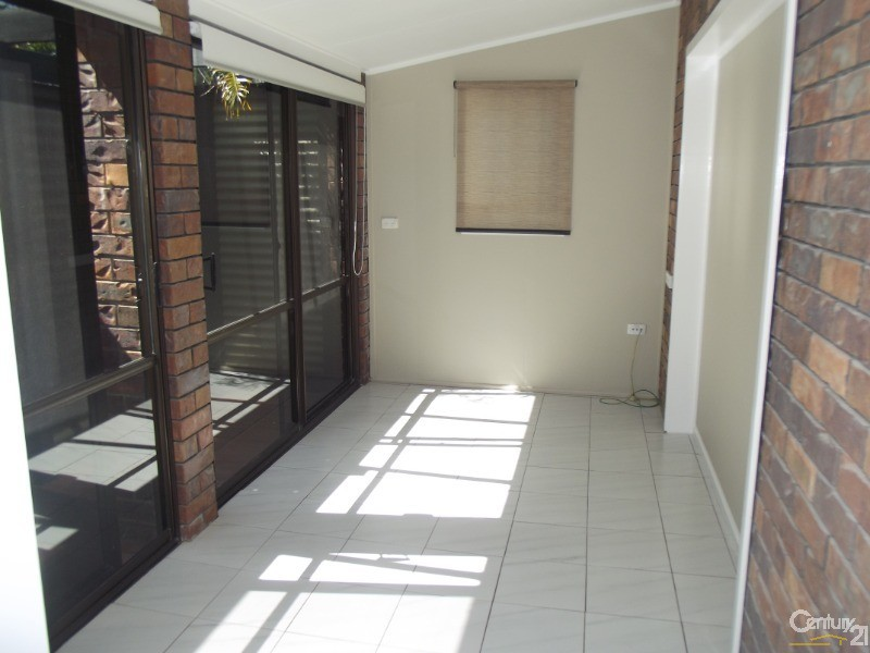 28a Fortune Street, Scarborough - House for Rent in Scarborough