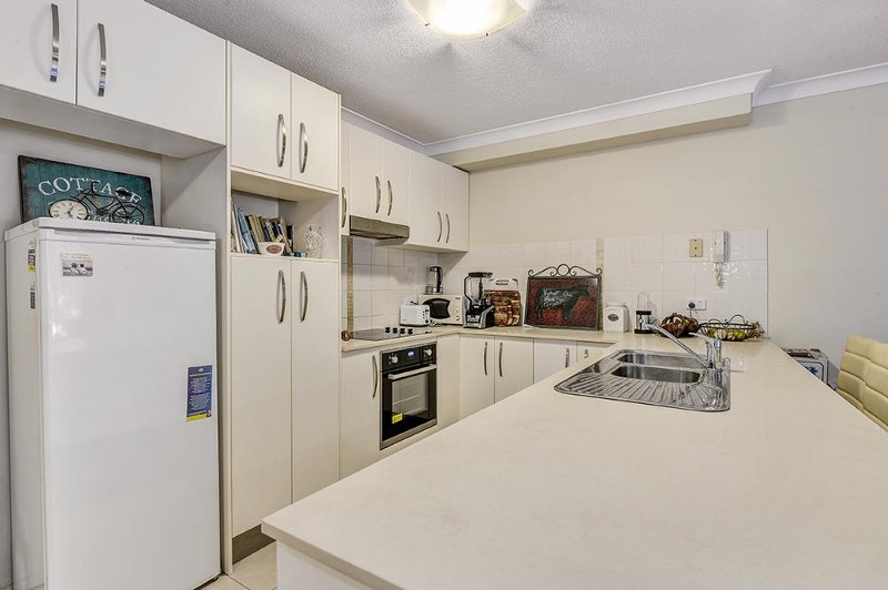 2/105 Mein Street, Scarborough - Apartment for Sale in Scarborough