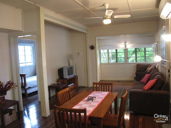 107 Mein Street, Scarborough - Holiday House Rental in Scarborough