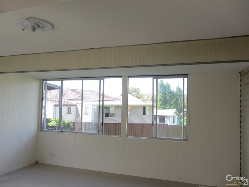 24 Phillip Ave, Cabramatta - House for Rent in Cabramatta