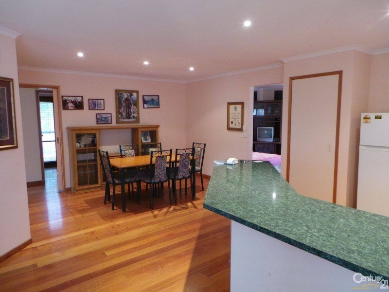 14 Yaringa Court , Rye - Holiday House Rental in Rye