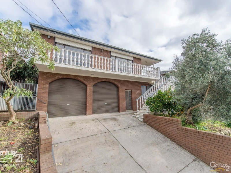Front - 157 Darebin Blvd, Reservoir - House for Sale in Reservoir
