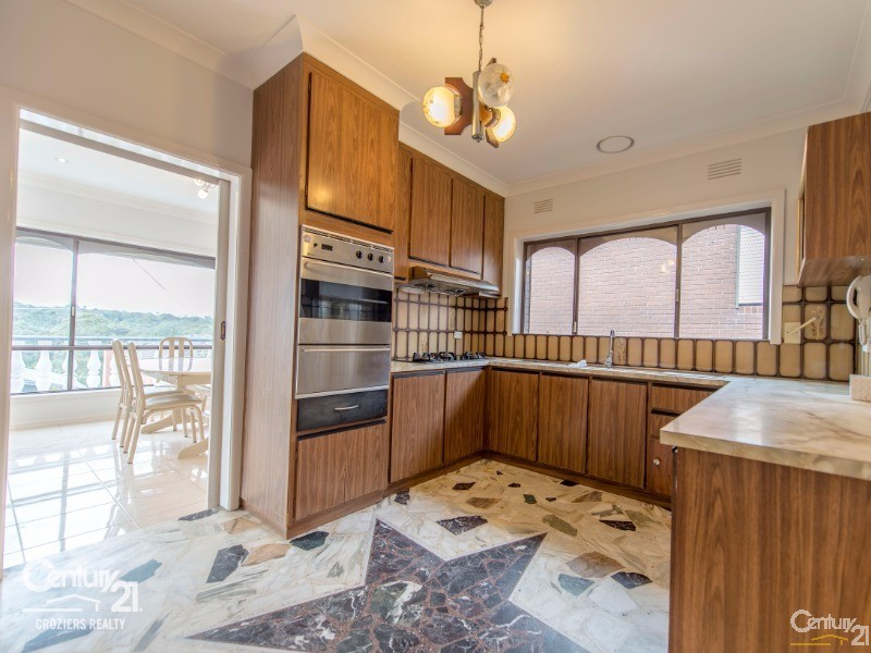 Kitchen - 157 Darebin Blvd, Reservoir - House for Sale in Reservoir