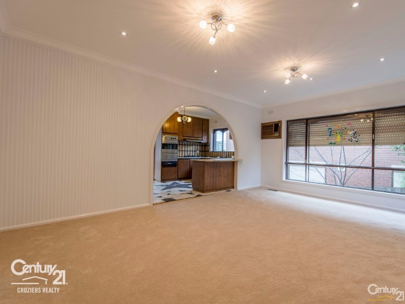 Family Area - 157 Darebin Blvd, Reservoir - House for Sale in Reservoir