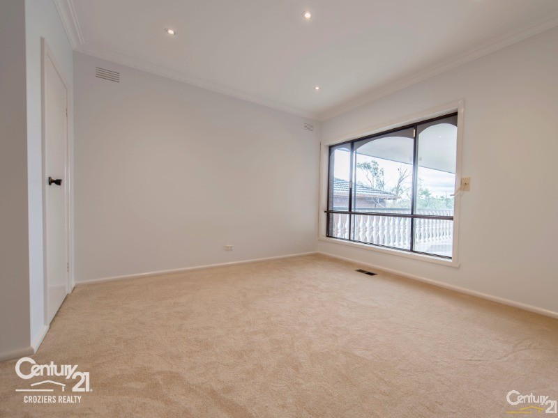 Master Bedroom with Ensuite - 157 Darebin Blvd, Reservoir - House for Sale in Reservoir