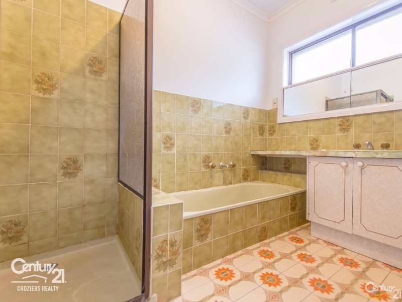 Central Bathroom - 157 Darebin Blvd, Reservoir - House for Sale in Reservoir