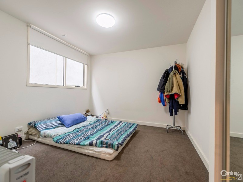 108 Bedroom with BIR - 17 Robbs Parade, Northcote - Apartment for Sale in Northcote