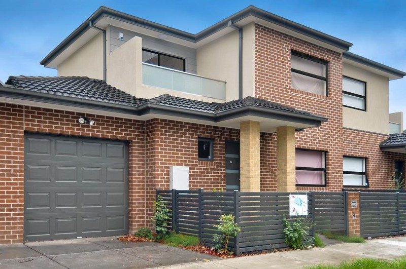 69 Victoria Street, Preston - Townhouse for Sale in Preston