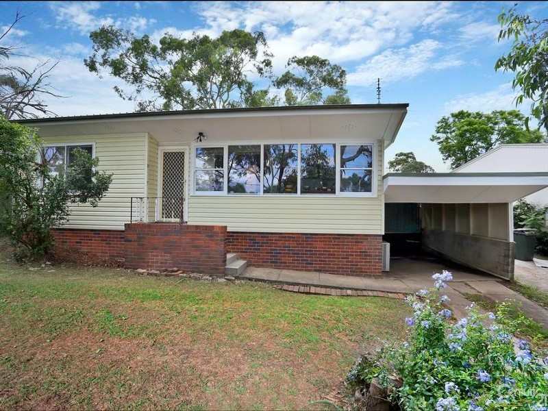 36 Moffatt Drive, Lalor Park - House for Sale in Lalor Park