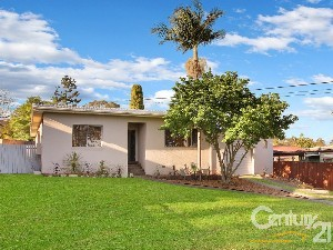 CENTURY 21 John Ross Combined Property of the week