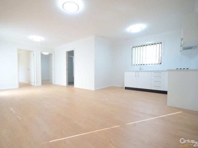 15B Warra Street, Wentworthville - House for Rent in Wentworthville