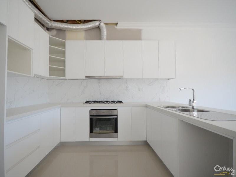 82 Bungaree Road, Toongabbie - Duplex for Sale in Toongabbie