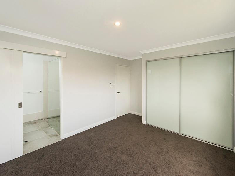 2/16 Brindley Street , Belmont - Apartment for Sale in Belmont