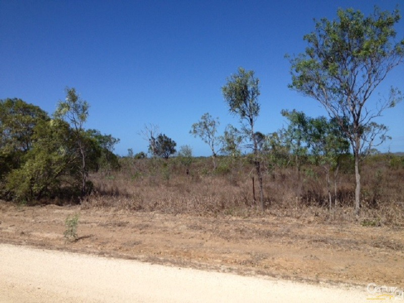 266 Collinsville Road, Bowen - Rural Residential Property for Sale in Bowen