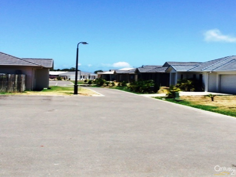 3 Fourth Close , Bowen - Holiday House Rental in Bowen