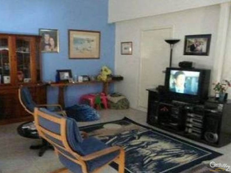 33 Murroona Street, Bowen - Unit for Sale in Bowen