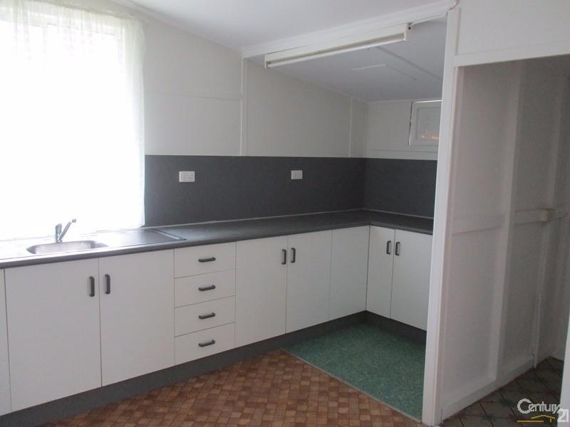 19 Aberdeen Street, Collinsville - House for Rent in Collinsville