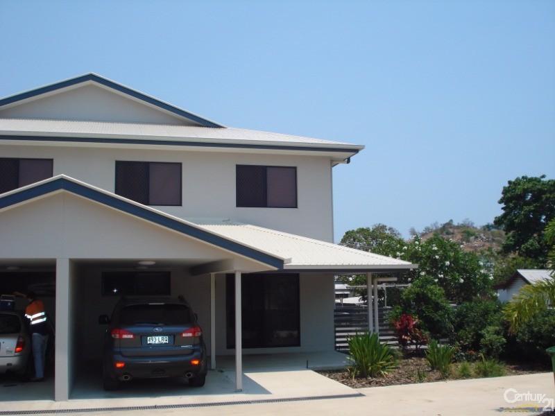 62B Livingstone Street, Bowen - Townhouse for Rent in Bowen