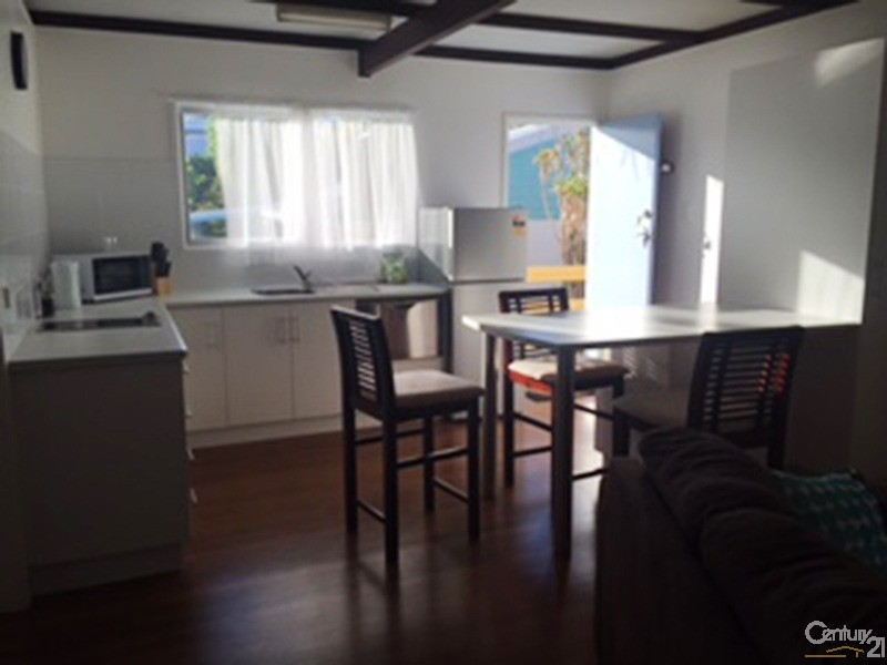 23 Bluewater Parade, Bowen - Holiday Unit/Apartment Rental in Bowen
