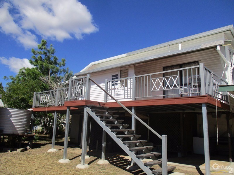 38 Belmore Street, Collinsville - House for Rent in Collinsville