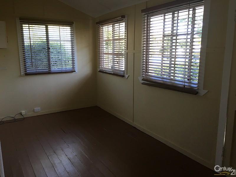 32 Field Street, Bowen - House for Sale in Bowen