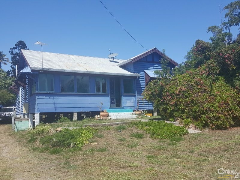 69 Livingstone St, Bowen - Holiday House Rental in Bowen
