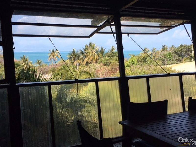 11 Banyan Drive, Bowen - Holiday House Rental in Bowen