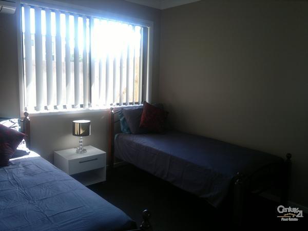 Bedroom 2 - 10 Gordon Street, Bowen - Holiday House Rental in Bowen