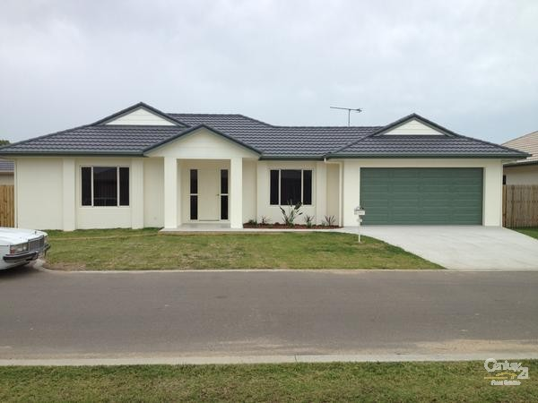 16 Seabreeze Crescent, Bowen - House for Rent in Bowen