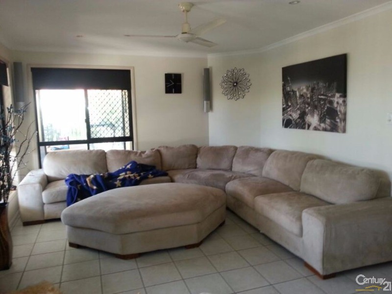 43 Mossman Way, Sandstone Point - House for Sale in Sandstone Point