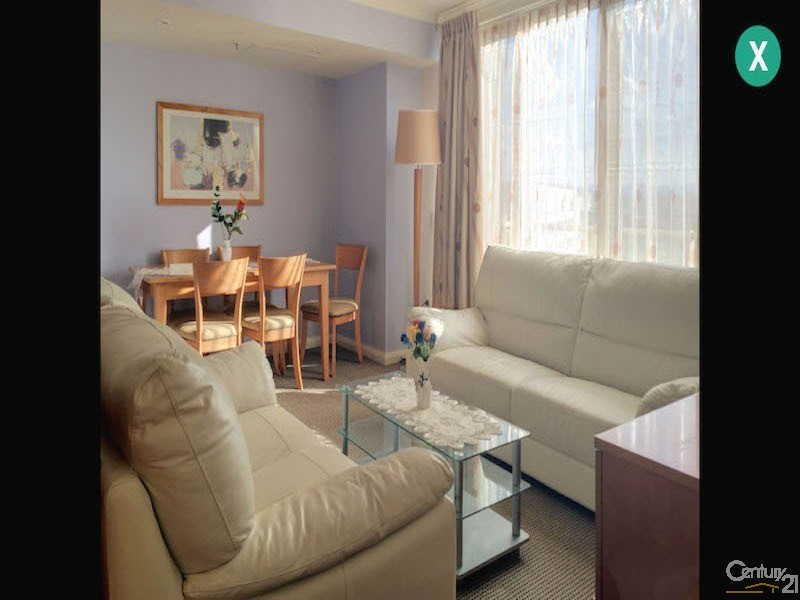 2 Akuna, City - Apartment for Rent in City