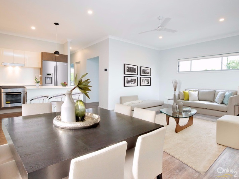 Open Plan - living area - 2 Carnarvon Court, Oxenford - Apartment for Sale in Oxenford