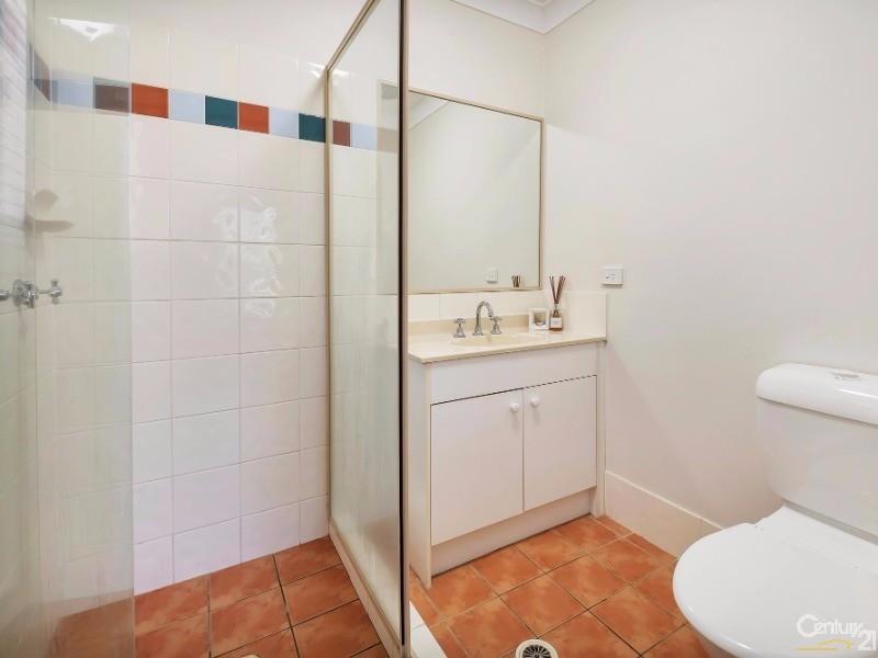 108 Serafina Drive, Helensvale - House for Sale in Helensvale