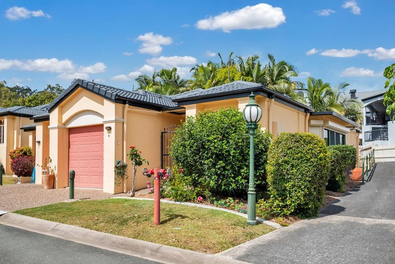 6/44 Helensvale Road, Helensvale - Villa for Sale in Helensvale